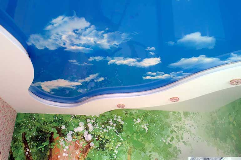 натяжные потолки с рисунком цены